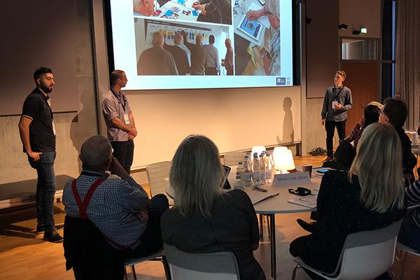 MOSYS præsenterer deres projekt til at holde ældre fysisk aktive