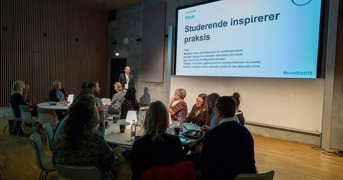 Studerende pitcher deres ideer til sundhedsinnovation