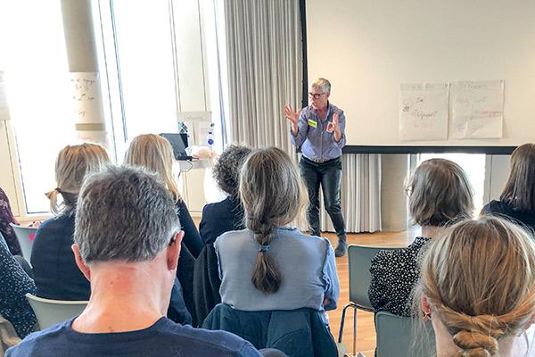 Dorte Njor-Larsen fortæller om erfaringerne med at skalere et innovationsforløb til NSU arrangement