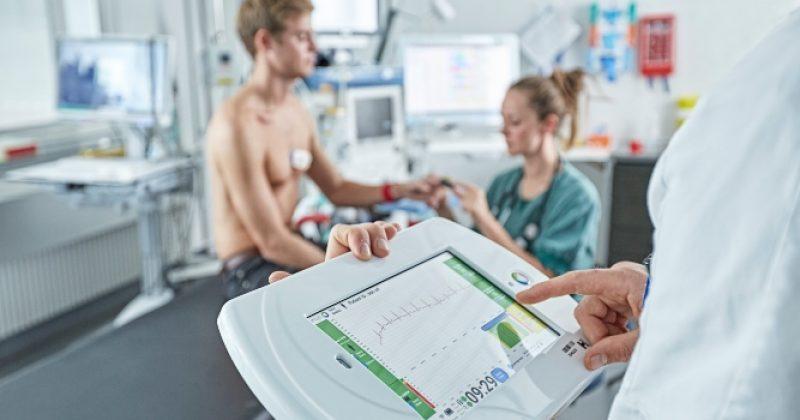 Ny teknologi skal overvåge corona smittede patienter